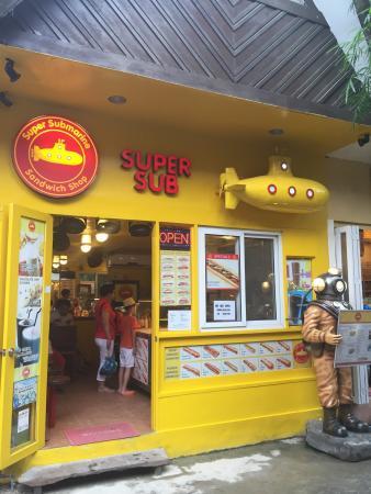 Super Sub D Mall
