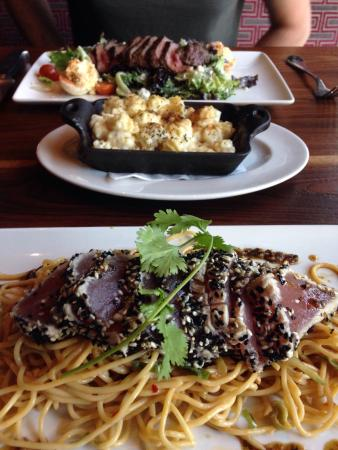 10 Restaurants Near Embassy Suites By Hilton The Woodlands At Hughes