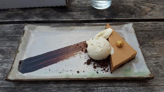... + Kitchen: Best ice cream ever! (Banana ice cream & hazelnut mousse