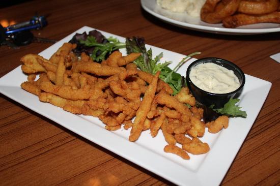 Manatee Island Bar & Grill : Fried Clams