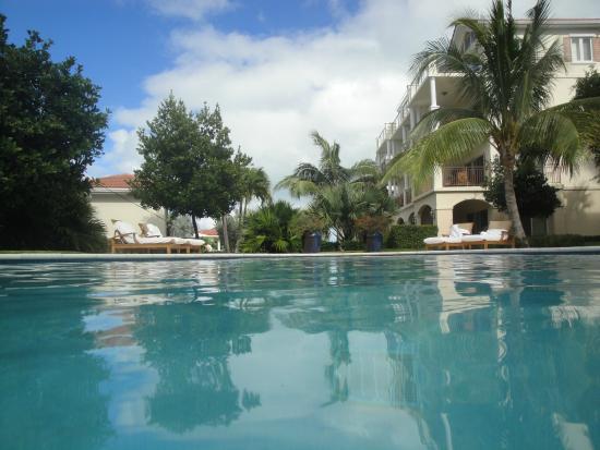 Villa del Mar: One of two pools
