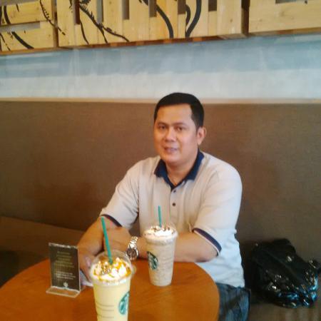 Starbucks: Nyaman untuk Bersantai