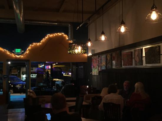 Granite Mountain Brewing : Live music in the bar!