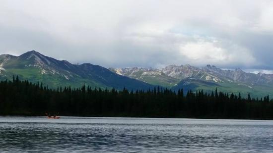 Denali Southside River Guides: Mountain and Lake