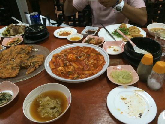 Hanggang Korean Restaurant: Korean food