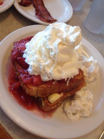 Altoona, WI: Stuffed French Toast