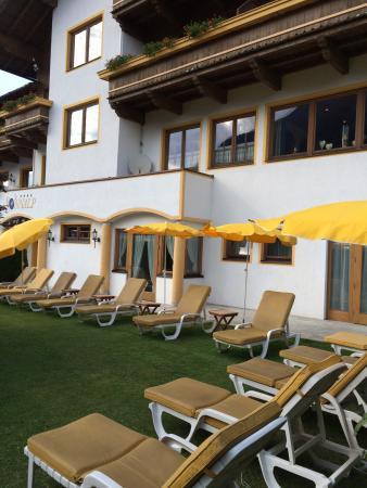Hotel Sonnalp: En härlig Österrikes buffé.  Trevliga och glada personal