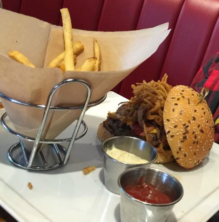 TGI Fridays: texas burger