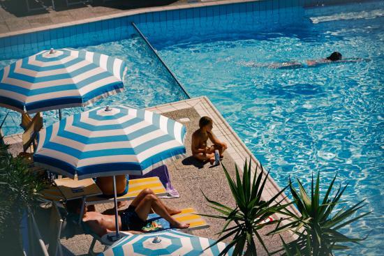 Hotel Jet: Piscina per grandi e piccini