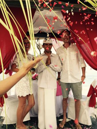 فيلا أومباك هوتل: Notre mariage incroyablement bien organisé!
