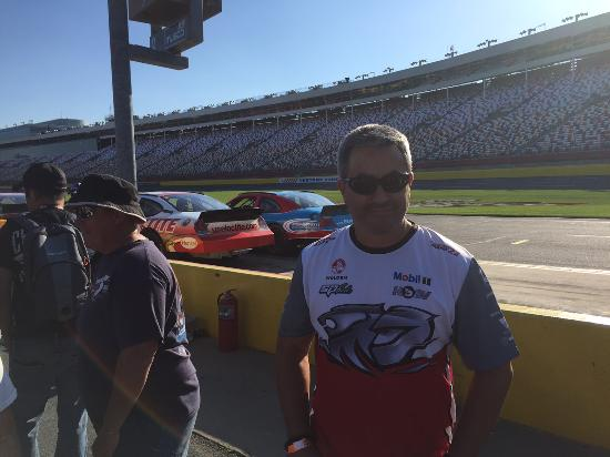 Richard Petty Driving Experience: Waiting for the Hot Laps