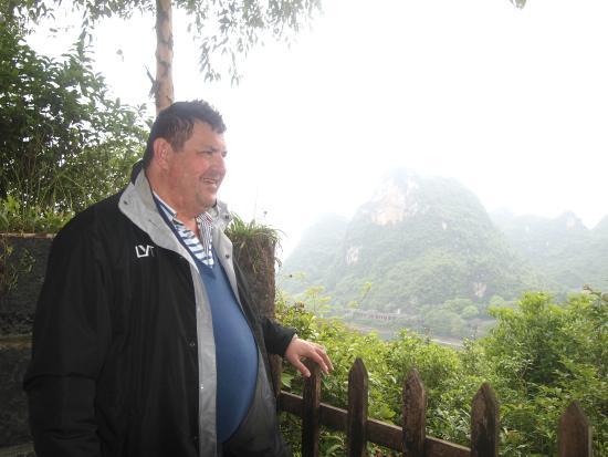 Yangshuo Dongling Resort: Balcony view fantastic