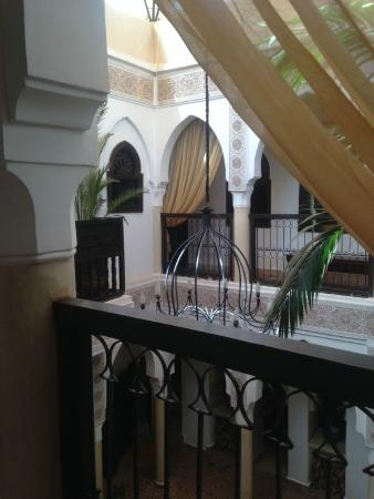 Riad Andalouse: The balcony looking facing into centre of Riad