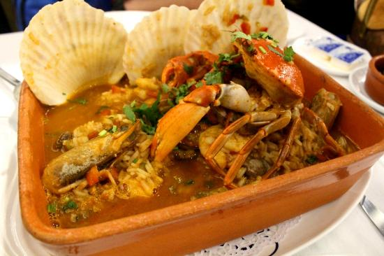 Wet seafood rice picture of antonio restaurant macau for Antonio s italian cuisine