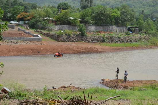 Balaji Resorts, Velhe Pune: view of the river from the resort