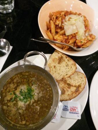 Jet Cafe Bar: chicken pasta & lentil