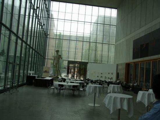 Museum der Bildenden Künste: 一階の吹き抜け