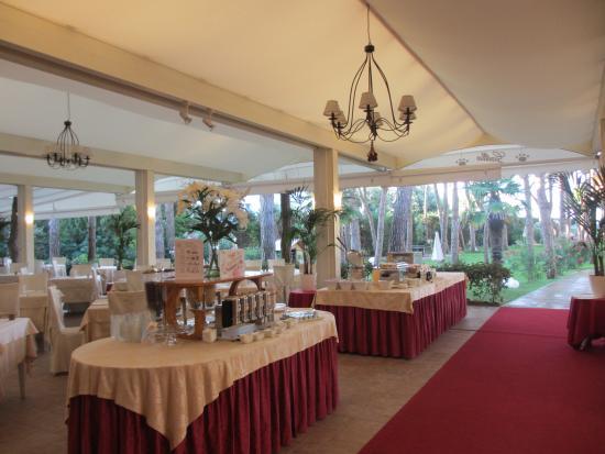 Gallia Hotel: Garten-Restaurant