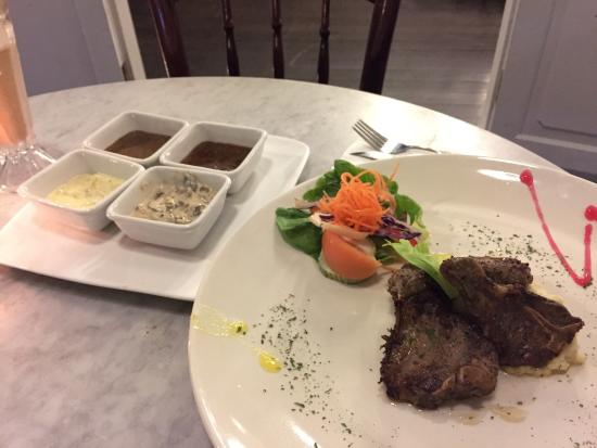 Magenta Restaurant: photo0.jpg
