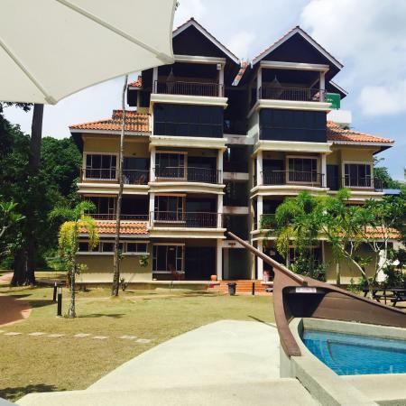 Anjungan Beach Resort: photo5.jpg