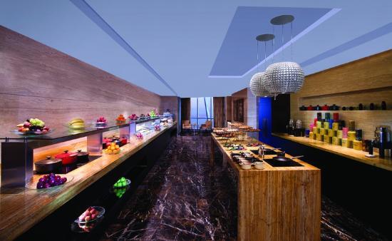 Club Executive Lounge - Buffet