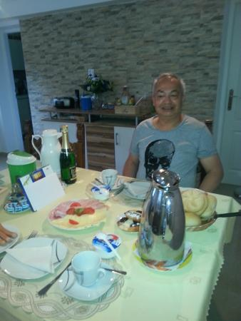 ..pension Vysohlid,my***birthday-breakfast*** 10/05-2015