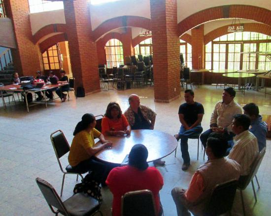 Pluviosilla: World Vision meeting