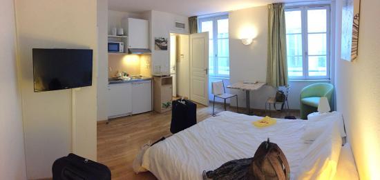 Residhotel Vieux Port : main room 39