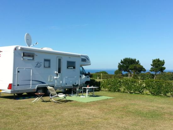 Rozel Camping Park: Sea View pitch