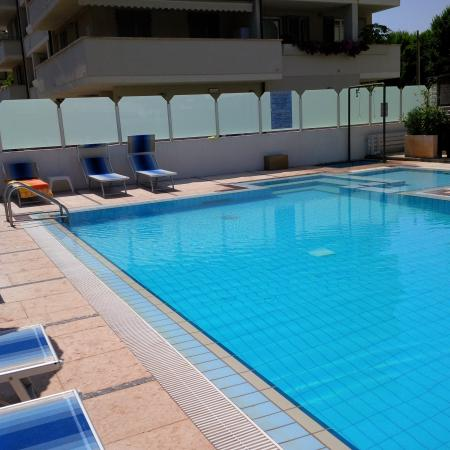 Swimming Pool Foto Di Hotel De Amicis Riccione Tripadvisor
