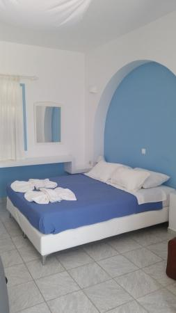 Coralli Beach Apartments: our room