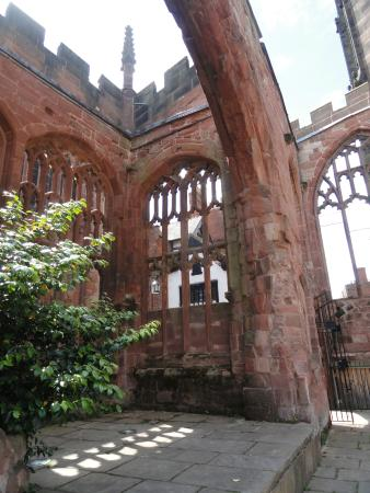 Coventry, UK: Old Cathedral ruins