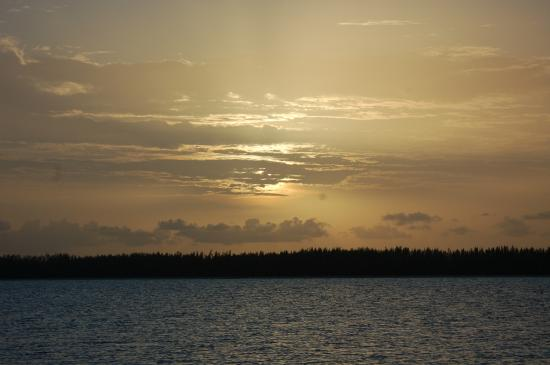 Sunset Peterson Cay