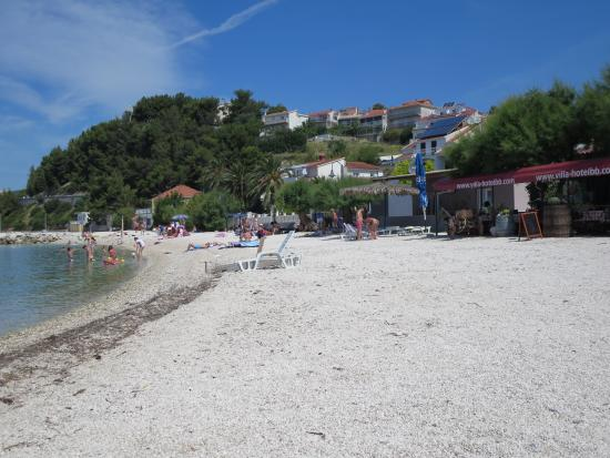 Villa Hotel BB (Apartments Bozikovic): The beach in front