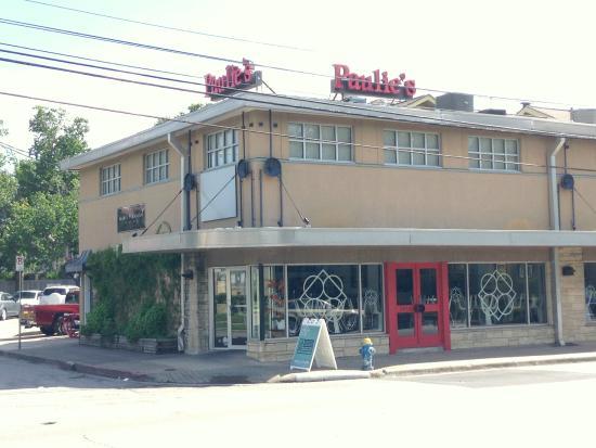 Paulie's Restaurant: Door