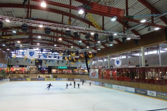 Lounakeskus Shopping and Recreation Centre