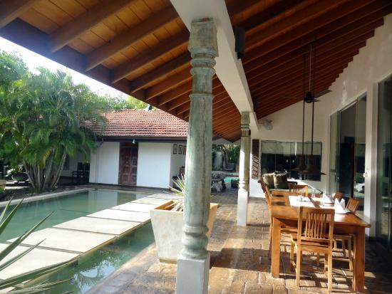 Villa Hundira: entrée lobby