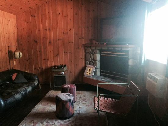 Ojai Rancho Inn: Retro feel