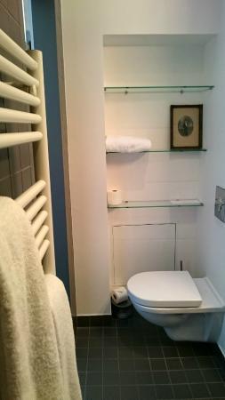 L'Hôtel Particulier : cabinet de toilette de Pierre