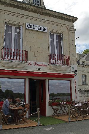 La Dentellière : l'établissement face à la Loire