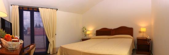 Camera Matrimoniale A Olbia.Camera Matrimoniale Double Room Picture Of Hotel Moderno Olbia