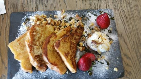 Relish Epicurea: French Toast with candied walnuts and marscapone.