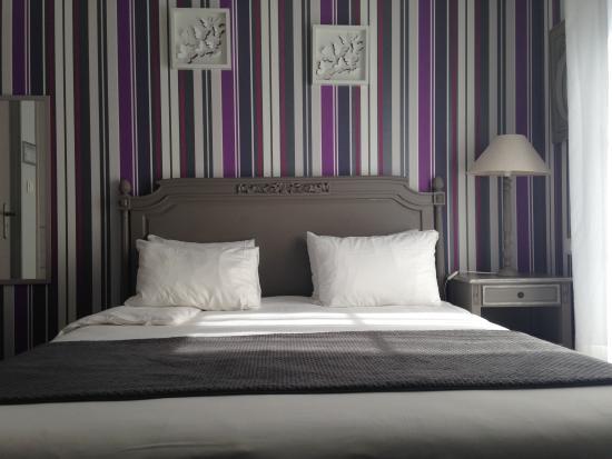 Villa Cap d'Ail Hotel : Chambre supérieure balcon