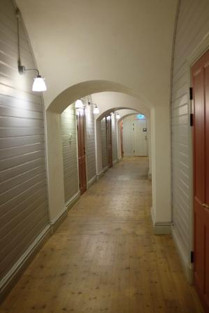 Kastellet Bed & Breakfast: The hallway
