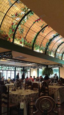 Los Varietales Restaurant