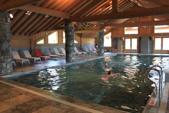 piscine 1 photo de residence cgh les cimes blanches la rosiere 1850 la rosi re tripadvisor. Black Bedroom Furniture Sets. Home Design Ideas