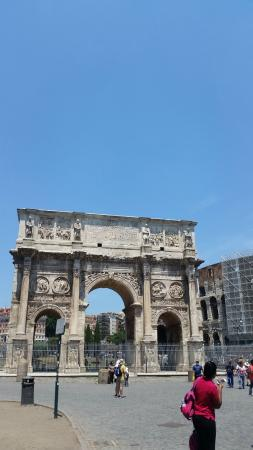 Rome with a Roman: Arch
