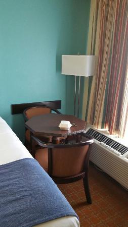 بيمونت إن آند سويتس فلورنس: Baymont Inn & Suites Florence
