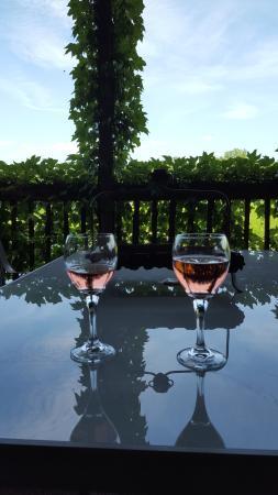 Albonee Country Inn and Vineyards