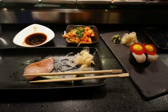 Interior picture of kyo bar japonais montreal tripadvisor for Aix cuisine du terroir